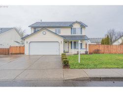 Photo of 1808 NE 12TH ST, Battle Ground, WA 98604 (MLS # 19688268)