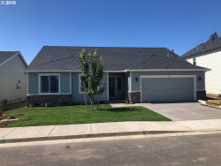 Photo of 690 STEWART DR, Molalla, OR 97038 (MLS # 20006903)