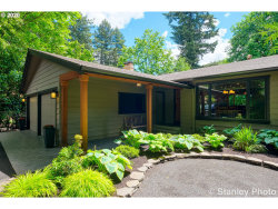 Photo of 4360 UPPER DR, Lake Oswego, OR 97035 (MLS # 20018661)