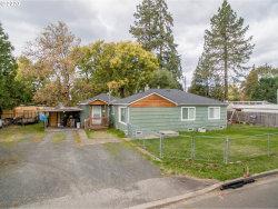 Photo of 860 25TH PL, Springfield, OR 97477 (MLS # 20048006)