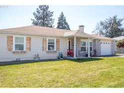 Photo of 1565 NW ALMOND AVE, Roseburg, OR 97471 (MLS # 20080077)