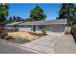 Photo of 1632 W QUINALT ST, Springfield, OR 97477 (MLS # 20083212)