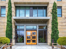 Photo of 2351 NW WESTOVER RD , Unit 312, Portland, OR 97210 (MLS # 20089115)