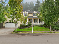 Photo of 15988 WHITE OAKS DR, Lake Oswego, OR 97035 (MLS # 20104320)