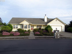 Photo of 126 SANDPIPER CT, Florence, OR 97439 (MLS # 20107246)