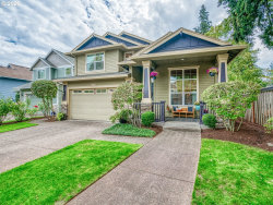 Photo of 10146 SW SILETZ DR, Tualatin, OR 97062 (MLS # 20108052)