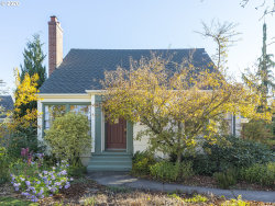 Photo of 2910 SE 66TH AVE, Portland, OR 97206 (MLS # 20117401)