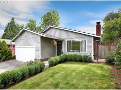 Photo of 11318 SW 49TH AVE, Portland, OR 97219 (MLS # 20137144)
