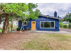 Photo of 7403 SE LUTHER RD, Portland, OR 97206 (MLS # 20139485)