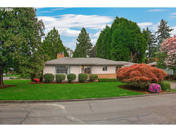 Photo of 8616 SE 34TH AVE, Milwaukie, OR 97222 (MLS # 20140292)