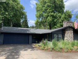 Photo of 5465 CHILDS RD, Lake Oswego, OR 97035 (MLS # 20148096)