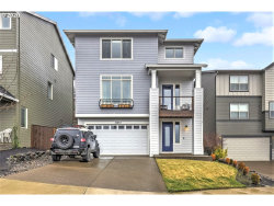 Photo of 12037 SW AUTUMN VIEW ST, Tigard, OR 97224 (MLS # 20155502)