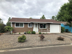 Photo of 157 S COLUMBIA DR, Woodburn, OR 97071 (MLS # 20157937)