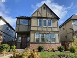 Photo of 6729 NW MAYFLOWER PL, Portland, OR 97229 (MLS # 20158785)