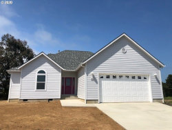 Photo of 810 SPYGLASS DR SW, Bandon, OR 97411 (MLS # 20161299)