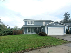 Photo of 2105 ASH AVE, Cottage Grove, OR 97424 (MLS # 20163884)
