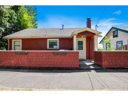 Photo of 4000 SW VIEW POINT TER, Portland, OR 97239 (MLS # 20166546)