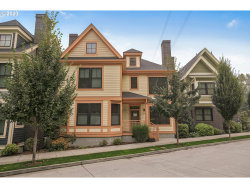 Photo of 3246 SW 2ND AVE, Portland, OR 97239 (MLS # 20167165)