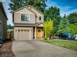 Photo of 19725 SE RINEARSON DR, Milwaukie, OR 97267 (MLS # 20167640)