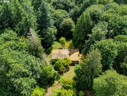 Photo of 777 ENGLEWOOD DR, Lake Oswego, OR 97034 (MLS # 20174363)