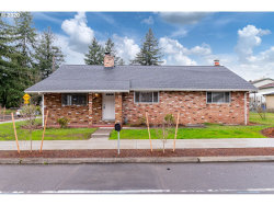Photo of 4837 SE 122ND AVE, Portland, OR 97236 (MLS # 20176293)