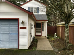 Photo of 11769 SE BOISE ST, Portland, OR 97266 (MLS # 20193579)