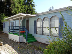 Photo of 545 SHOREPINES PL, Coos Bay, OR 97420 (MLS # 20205184)