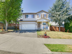 Photo of 20079 KIMBERLY ROSE DR, Oregon City, OR 97045 (MLS # 20213941)