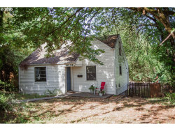 Photo of 8319 SW CAPITOL HWY, Portland, OR 97219 (MLS # 20225562)