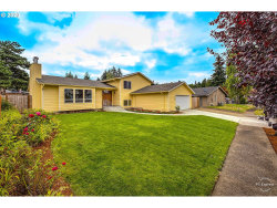 Photo of 1528 NW WILLOWBROOK CT, Gresham, OR 97030 (MLS # 20228282)
