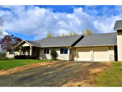 Photo of 512 NORTH CURRY RD, Roseburg, OR 97471 (MLS # 20238861)