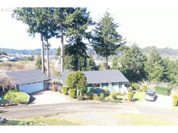 Photo of 697 CRESTVIEW DR, Reedsport, OR 97467 (MLS # 20244866)