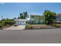 Photo of 2075 NW CANTERBURY DR, Roseburg, OR 97471 (MLS # 20270162)