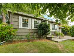 Photo of 616 SE 49TH AVE, Portland, OR 97215 (MLS # 20281418)