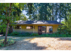 Photo of 12446 NE MULTNOMAH ST, Portland, OR 97230 (MLS # 20285557)