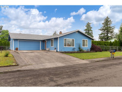 Photo of 1517 N LOCUST ST, Canby, OR 97013 (MLS # 20287128)