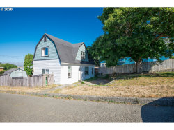Photo of 1596 MCPHERSON, North Bend, OR 97459 (MLS # 20298546)
