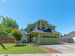 Photo of 242 73RD PL, Springfield, OR 97478 (MLS # 20304030)