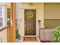 Photo of 402 NW UPTOWN TER , Unit 1A, Portland, OR 97210 (MLS # 20320508)
