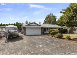 Photo of 1630 SW KINGS BYWAY, Troutdale, OR 97060 (MLS # 20328234)