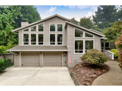 Photo of 13217 FOX RUN, Lake Oswego, OR 97034 (MLS # 20333737)