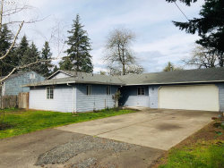 Photo of 5016 SE 108TH AVE, Portland, OR 97266 (MLS # 20338310)