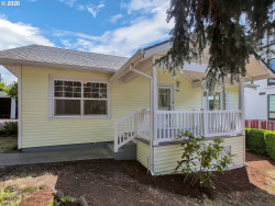 Photo of 7614 SW 32ND AVE, Portland, OR 97219 (MLS # 20343981)