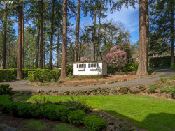 Photo of 163 IRON MOUNTAIN BLVD, Lake Oswego, OR 97034 (MLS # 20391728)