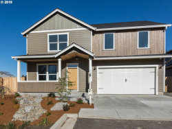 Photo of 6670 SE 86TH AVE, Portland, OR 97266 (MLS # 20395801)