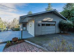 Photo of 7602 SW 37TH AVE, Portland, OR 97219 (MLS # 20397069)