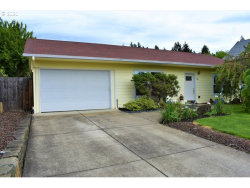 Photo of 440 S 16TH ST, Cottage Grove, OR 97424 (MLS # 20413046)