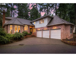 Photo of 1691 VILLAGE PARK LN, Lake Oswego, OR 97034 (MLS # 20425122)