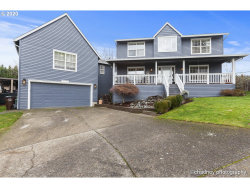 Photo of 13932 SE 141ST AVE, Clackamas, OR 97015 (MLS # 20425847)