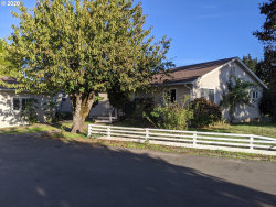 Photo of 92842 RIVER RD, Junction City, OR 97448 (MLS # 20426732)